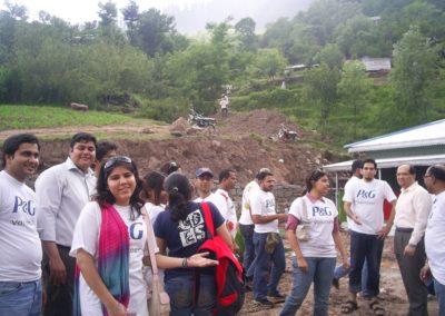 Lamnian P&G volunteers